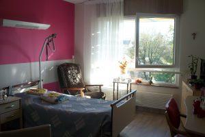 Une chambre du hameau des Lilas à Romillé - unité d'hébergement classique