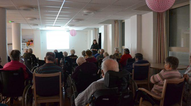 conférence sur l'Observation de l'environnement marin breton afin de mieux connaître les cétacés de passage en Baie du Mont Saint Michel et de Saint Malo.